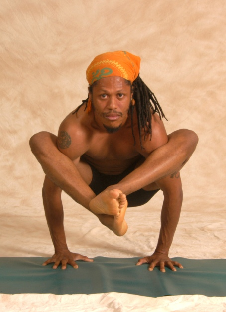 Sheriff in Bakasana